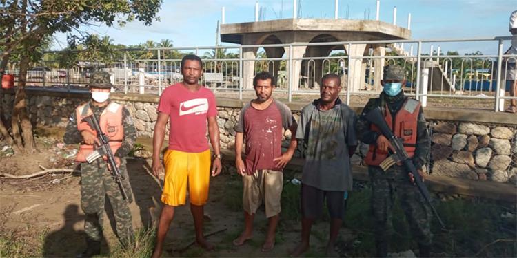 Rescatan-pescadores.jpg